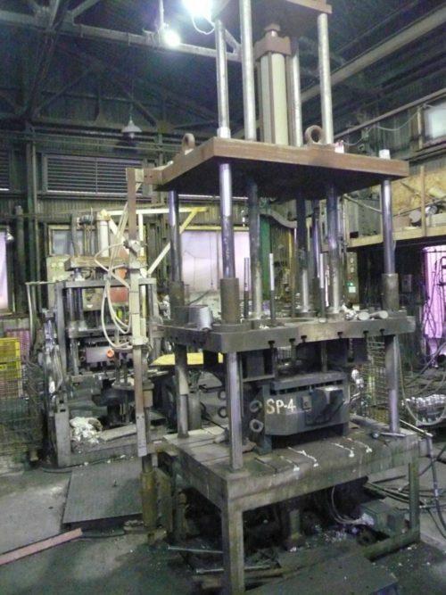 垂直型鋳造機