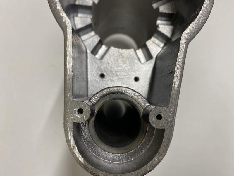 アルミ鋳造、アルミ鋳物の三和軽合金製作所の鋳ぐるみ製品4