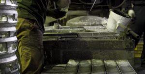 鋳物の作業工程